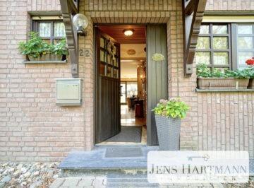 Familienfreundliches Reihenmittelhaus mit Garage in Krefeld Gellep-Stratum, 47809 Krefeld, Reihenmittelhaus